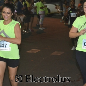 3-corrida-noturna-reuniu-mais-100-atletas-109-40