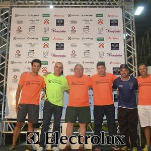 3-corrida-noturna-reuniu-mais-100-atletas-109-47