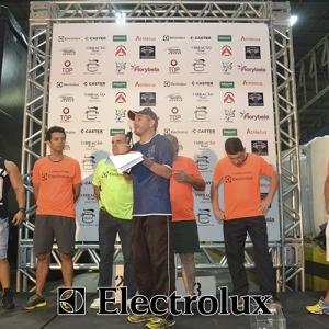 3-corrida-noturna-reuniu-mais-100-atletas-109-50